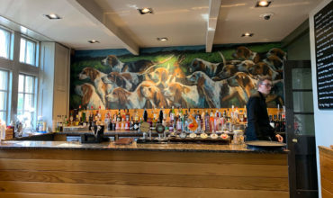 Image of https://bristol-barkers.co.uk/dog-friendly/the-hare-hounds-hotel/