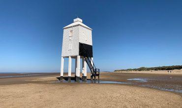 Image of https://bristol-barkers.co.uk/walks/burnham-on-sea-beach-lighthouse/